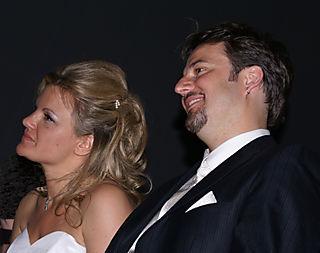 LIN & VANESSA 3