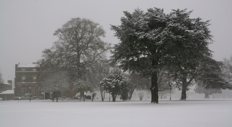 OFFLEY PLACE IN SNOW -THUMB