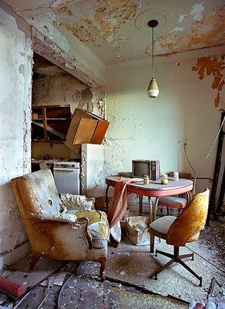 Lee+Plaza+Hotel,+Detroit,+Bonnie+Beechler